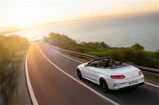 奔驰全新AMG C63敞篷版纽约车展亮相