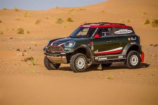 两款赛车亮相 2018年达喀尔拉力赛Mini赛车亮相